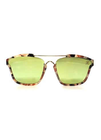 SHARK-EYES-CLASSIX-FLAT-BAR-SUNGLASSES-womens-accessories-eyewear-04.JPG